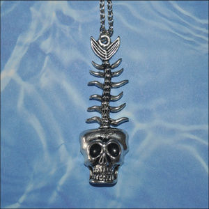 Jewelry - Silver Skeleton Fish Necklace